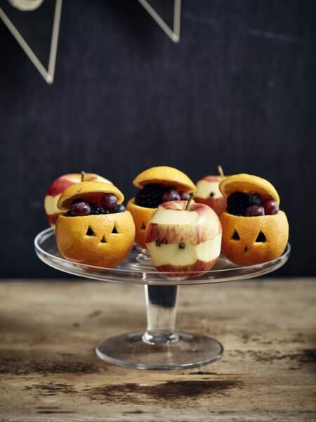 Pommes-momies et oranges-citrouilles pour Halloween
