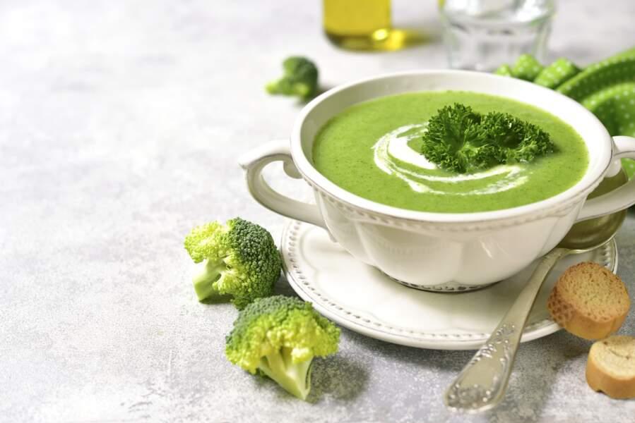 Potage brocoli, mascarpone et gorgonzola au Thermomix ®