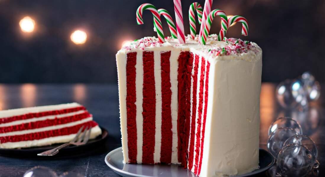 Gâteau de Noël original rouge et blanc