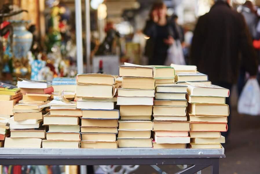 Vendre, donner, recycler… Que faire de ses vieux livres ?