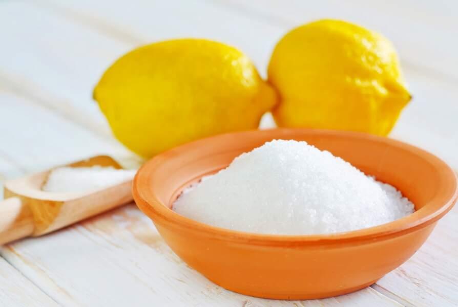 Acide citrique : un meilleur anti-calcaire que le vinaigre blanc ?