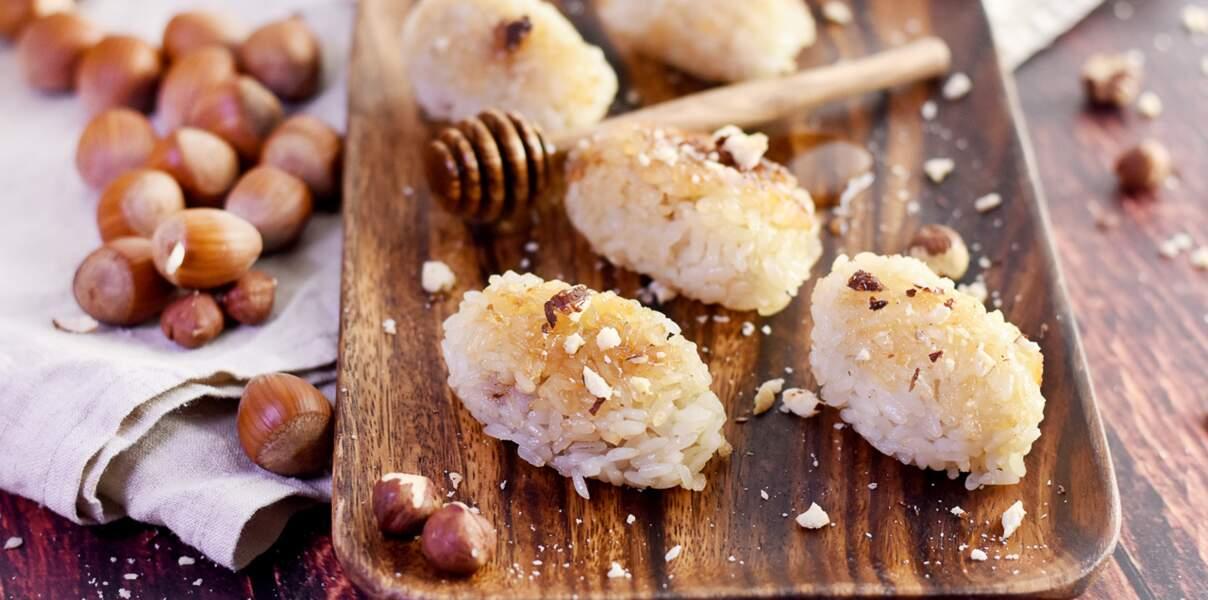 Boulettes de riz aux noisettes et au miel