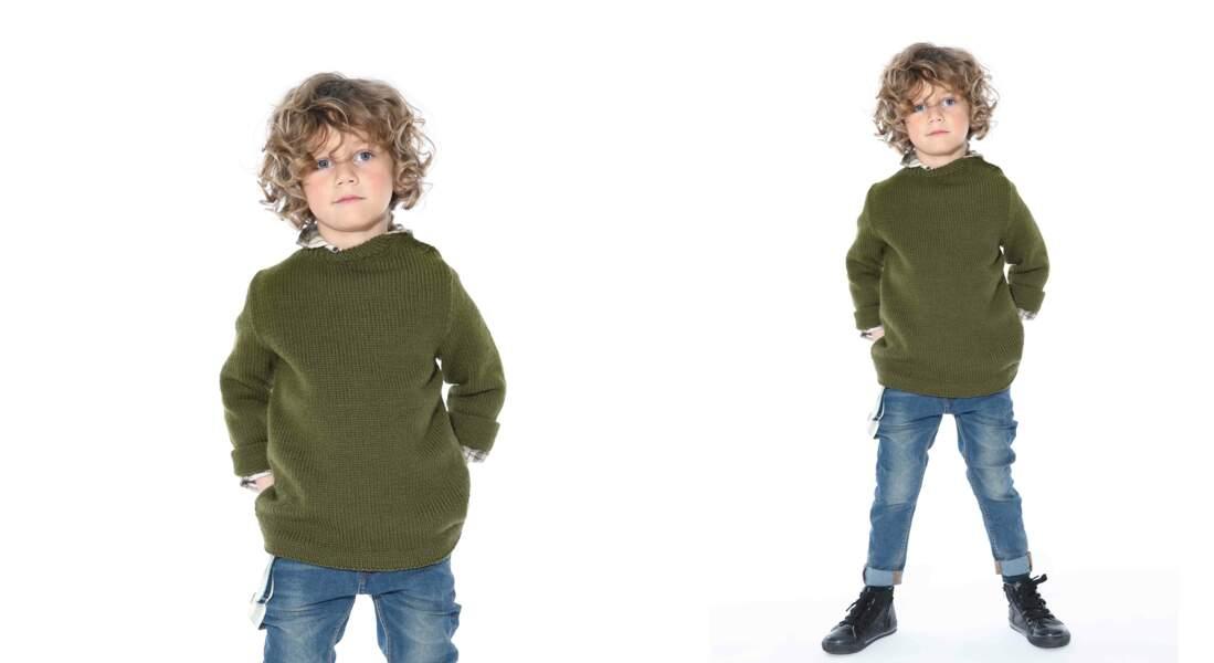 Tricot gratuit : le pull jersey boutonné sur l'épaule