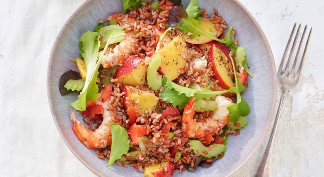 Salade de riz rouge aux nectarines et gambas