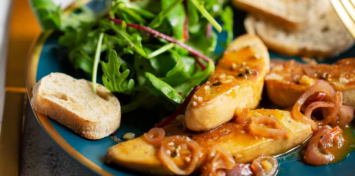 Escalopes de foie gras poêlées au vinaigre de mangue