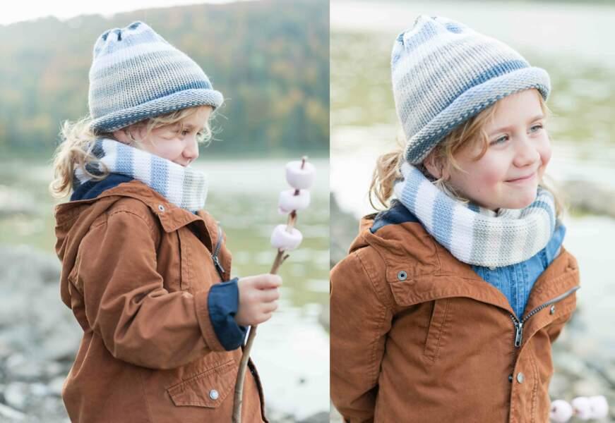 Modèle de tricot gratuit : le bonnet et son snood rayés pour enfant