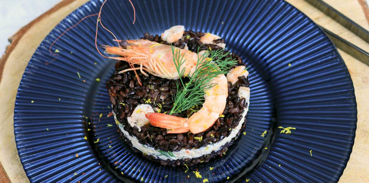 Médaillon de riz noir aux crevettes et au crabe
