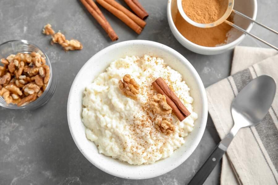 Riz au lait : nos conseils et nos recettes pour (re)découvrir ce dessert d'enfance