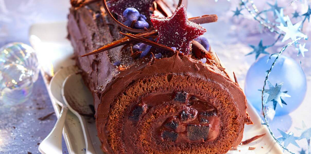 Bûche chocolat et cassis