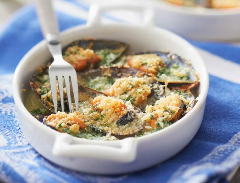 Moules gratinées à l'ail, basilic et parmesan