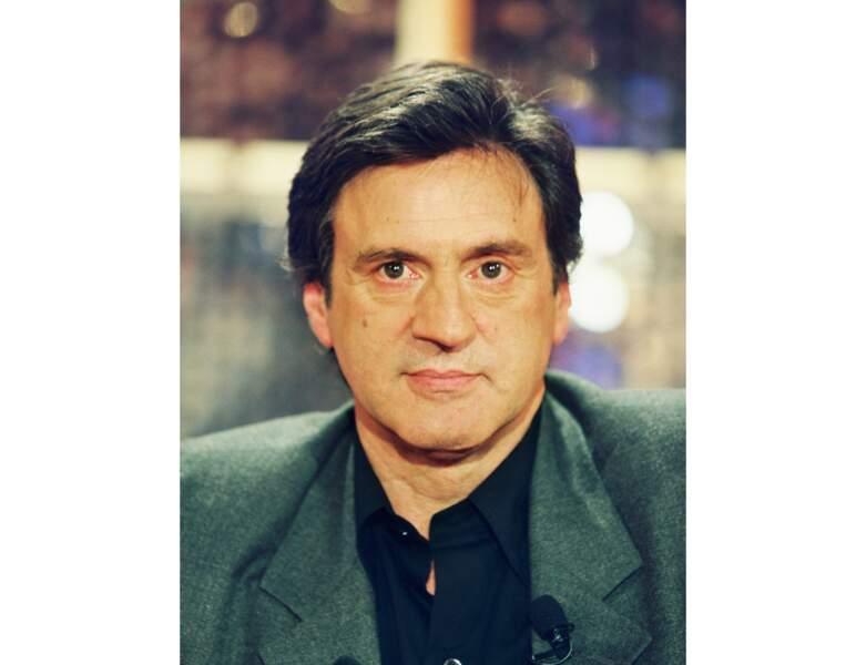 2001 : il participe à l'émission Vivement Dimanche