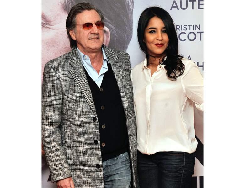 Fin 2013, il est photographiée avec l'actrice Leila Bekhti