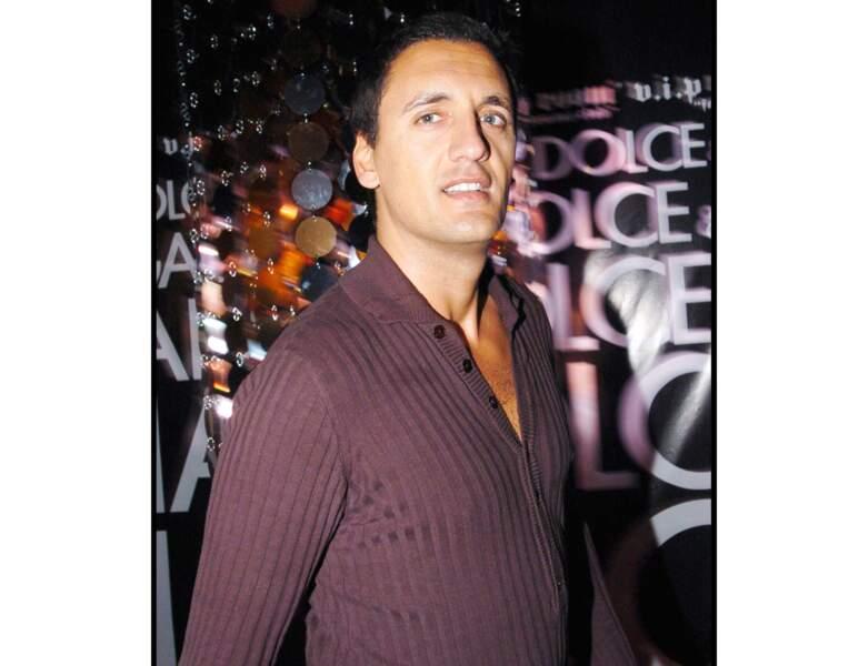 Le chanteur lors d'un soirée à Cannes, toujours en 2004