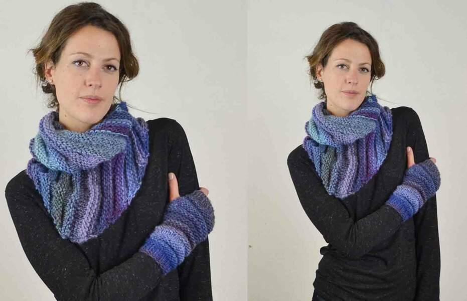 Modèle de tricot gratuit : le snood et ses mitaines au point de godron