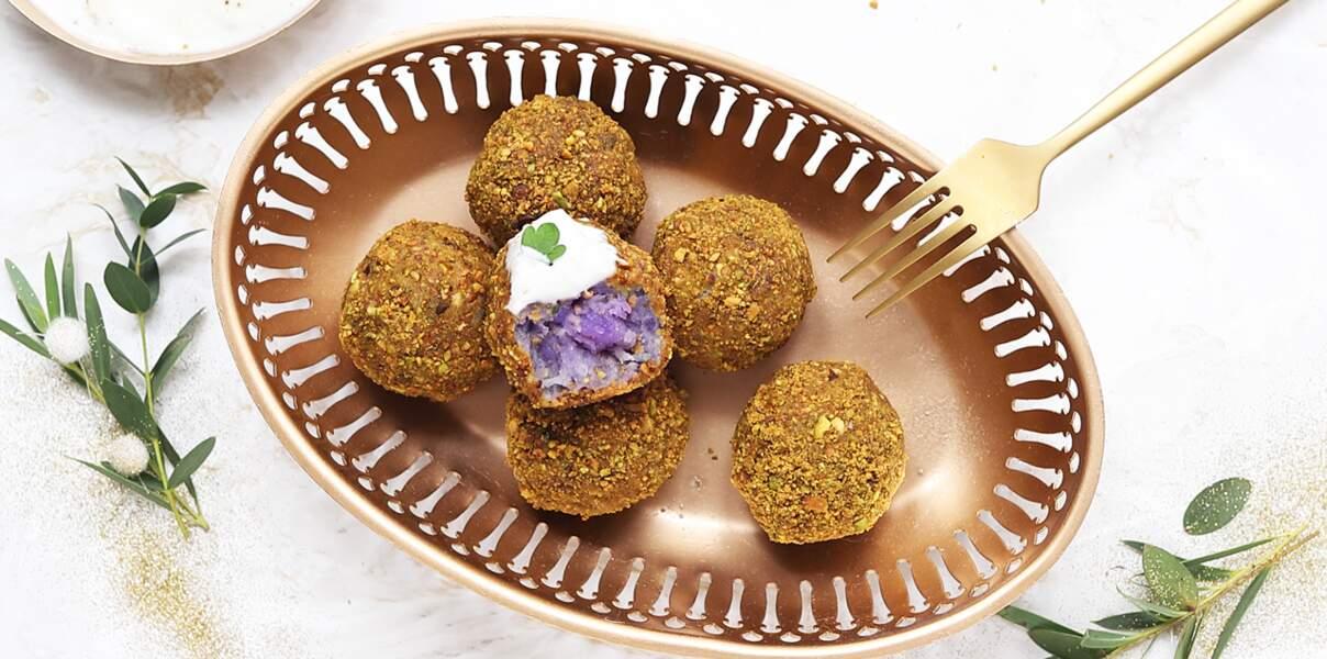 Boulettes de patate douce violette panées aux pistaches