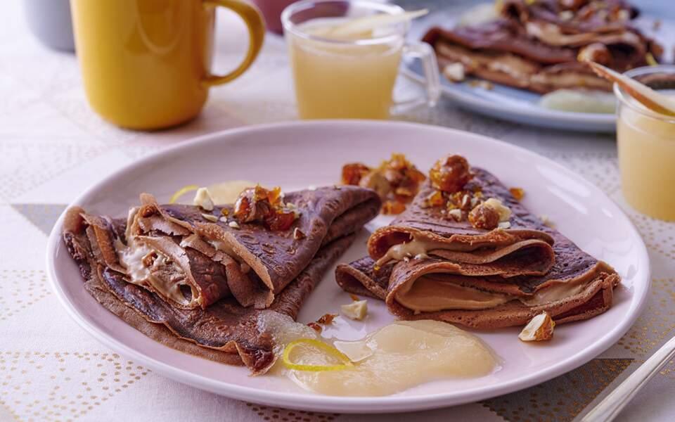 Crêpes à la pâte de praliné et coulis de poire de Christophe Felder