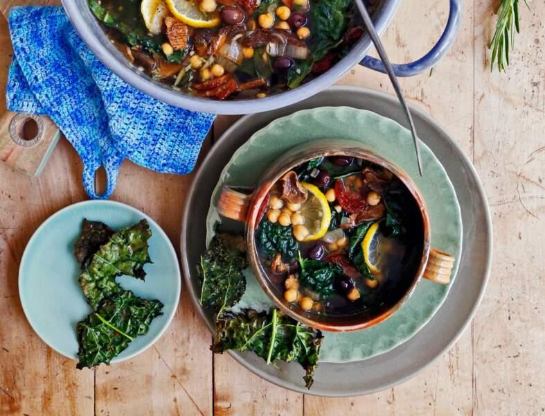Soupe campagnarde au chorizo, pois chiche et chou kale