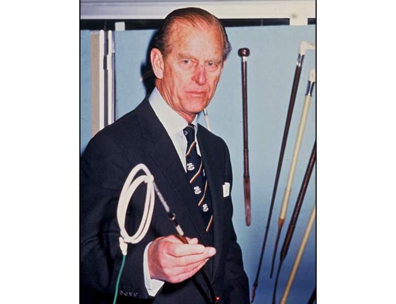 1987 : le Prince Philip assiste à une exposition hippique, il a 66 ans