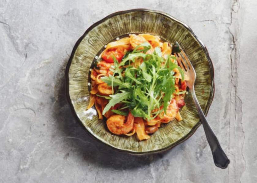 Tagliatelles aux crevettes, carottes et sauce soja