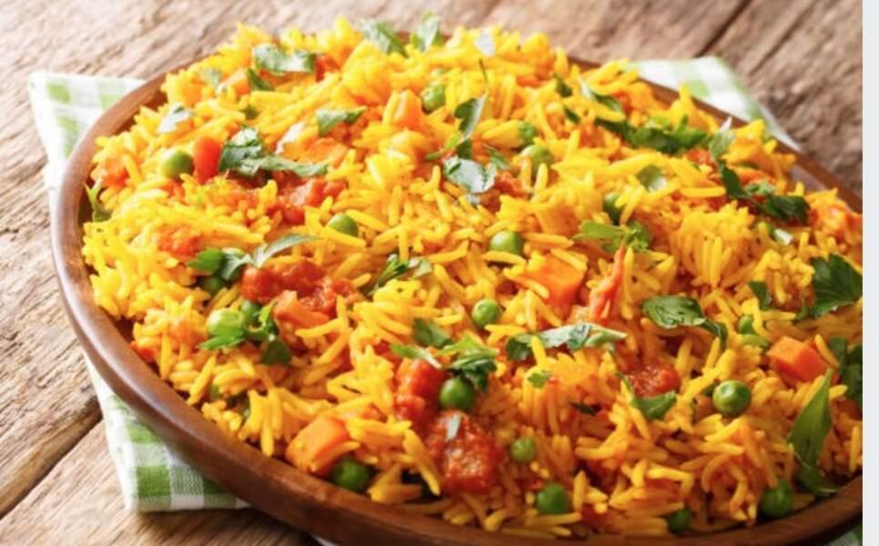 Riz au curry, champignons et petits pois