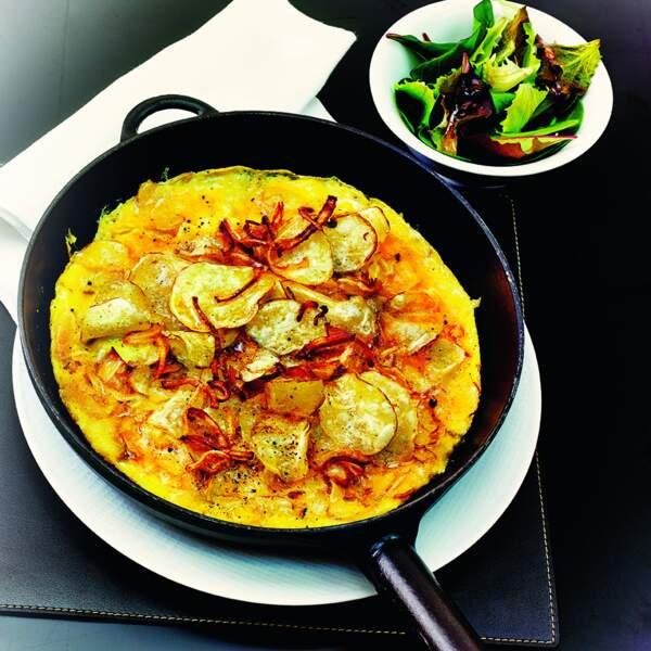 L'omelette aux chips et oignons séchés  d'Eric Frechon