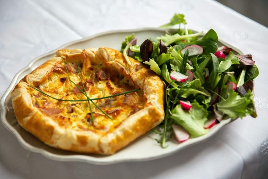 Tarte rustique Pouligny-Saint-Pierre, miel & jambon fumé
