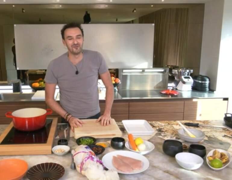 """""""Tous en cuisine"""" : la recette du taboulé vert aux crevettes de Cyril Lignac"""