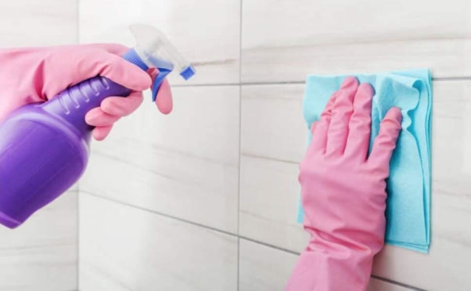 Le produit magique fait maison pour nettoyer toutes les surfaces