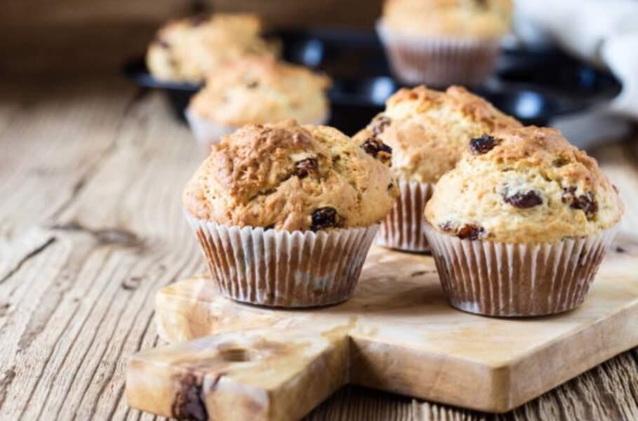 Cyril Lignac : sa recette facile de muffins aux pépites de chocolat