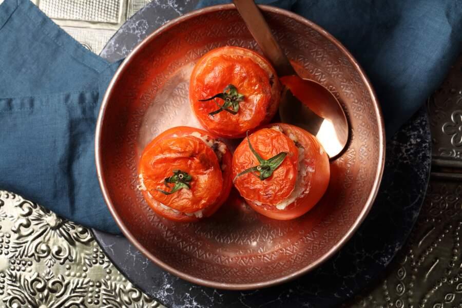 """""""Tous en cuisine"""" : la recette des tomates farcies de Cyril Lignac"""
