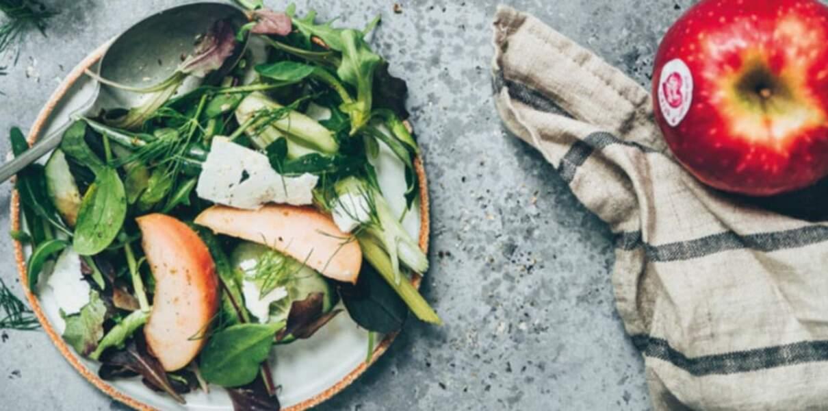 Salade green à la pomme Pink Lady®, céleri et feta