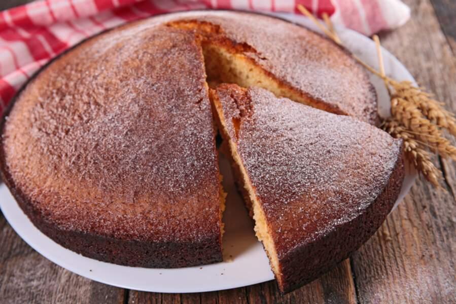Tous en cuisine : la recette du gâteau de Savoie et compote de fruits de Cyril Lignac