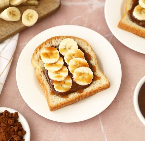 Tartines bananes choco-noisettes