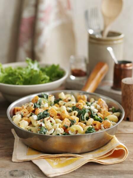 One pot pasta à la courge butternut, épinards et feta