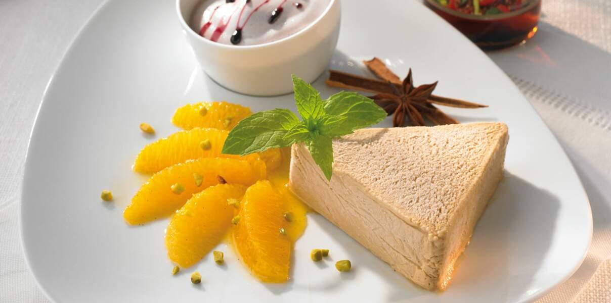 Parfait soja-miel, orange aux épices et sabayon au vin chaud