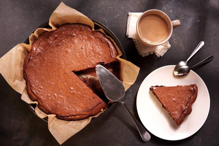 Gâteau au chocolat sans farine : découvrez par quoi la remplacer grâce à cette astuce de Cyril Lignac