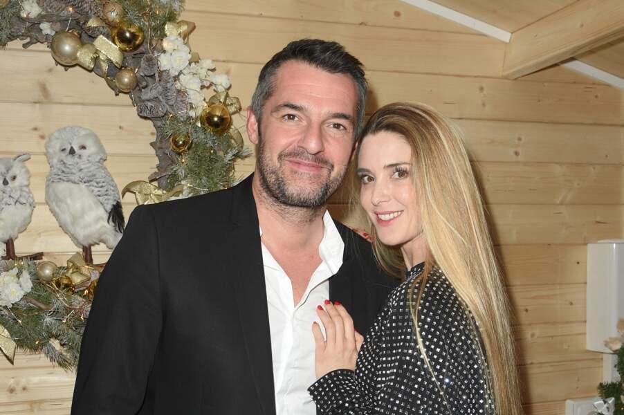 Arnaud Ducret devait annoncer le numéro que Claire Francisci devait présenter dans l'émission. Elle est danseuse de pole dance.
