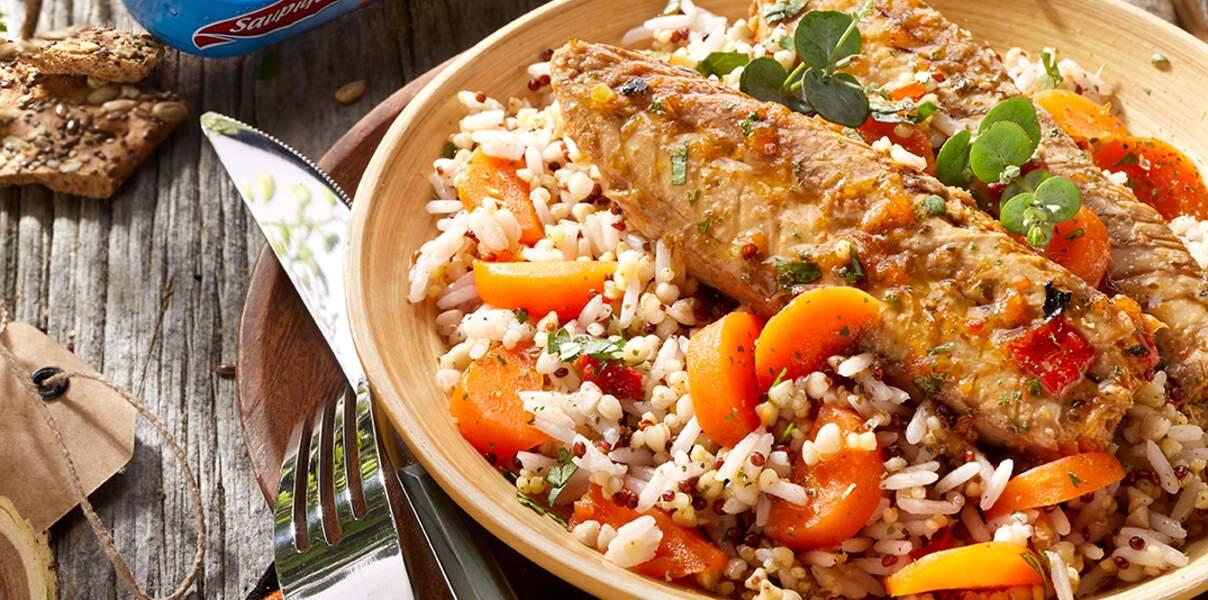 Filets de maquereaux au wok, céréales et carottes bio