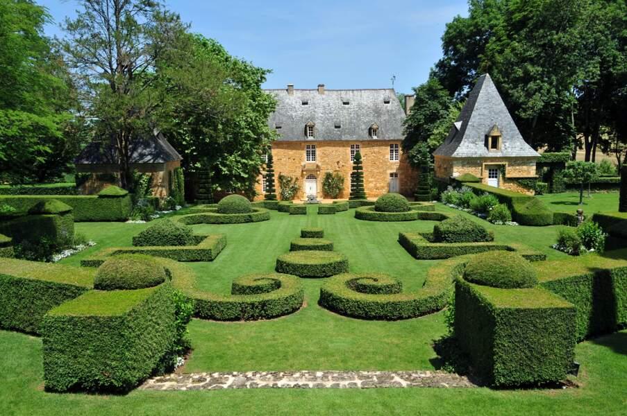 Les jardins du Manoir d'Eyrignac à Salignac-Eyvigues (Périgord)