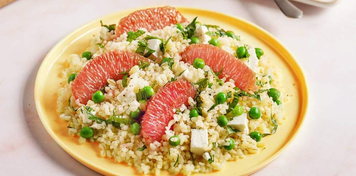 Salade de boulgour au pamplemousse de Floride, petit pois et feta