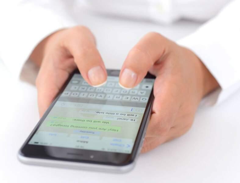Comment changer le fond d'écran de ses discussions sur WhatsApp ?