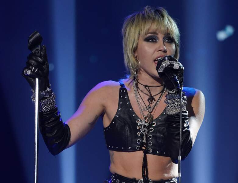 La coupe boule de Miley Cyrus