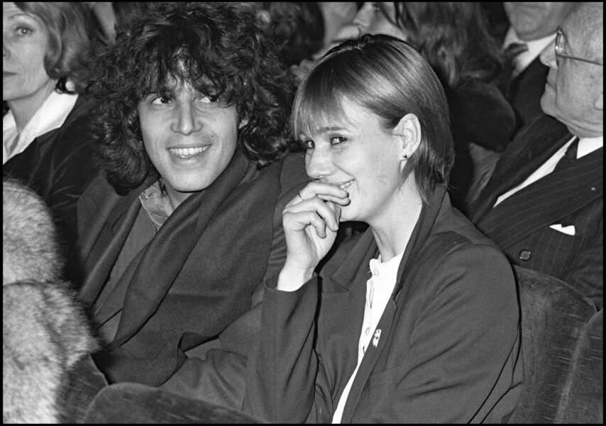 Julien Clerc et Miou-Miou à la première du spectacle de Jacques Villeret, à Bobino, à Paris, en 1980.