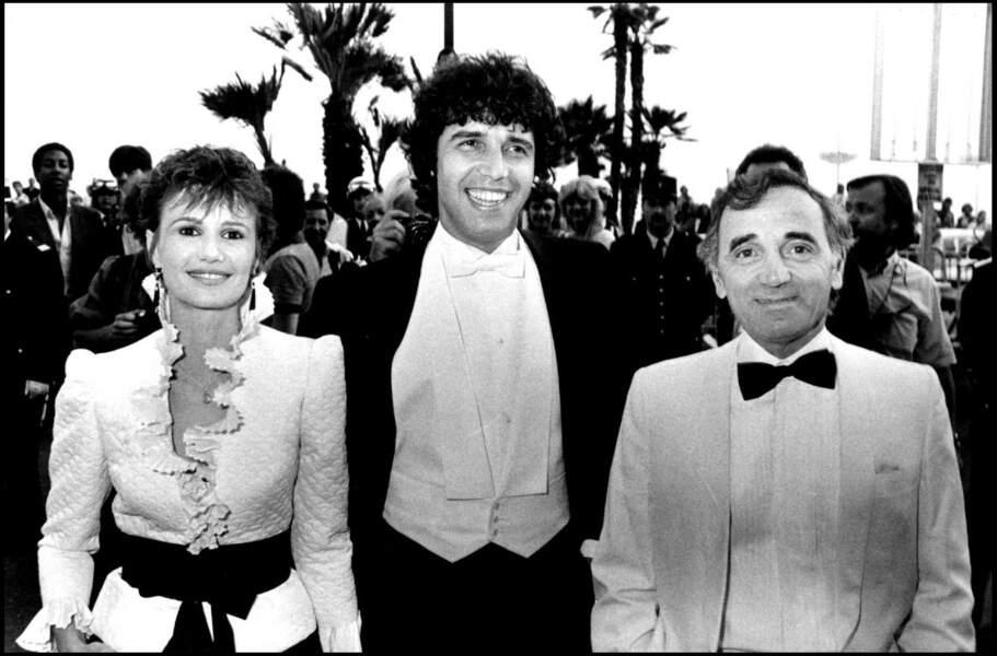 En 1981, Miou-Miou et Julien Clerc se séparent mais restent bons amis. Ici, au festival de Cannes, en 1982, aux côtés de Charles Aznavour.