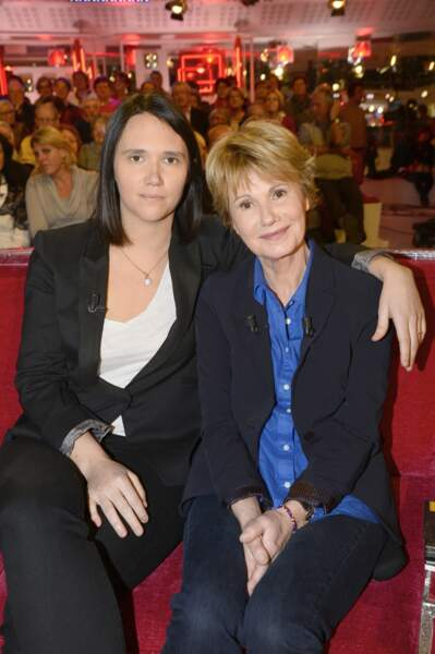 Miou-Miou a eu une fille de sa relation avec Julien Clerc. Jeanne Herry est née en 1978. Elle est devenue actrice et réalisatrice.