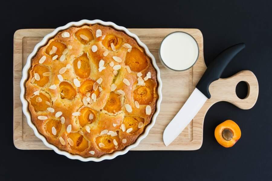 La recette de la tarte amandine aux abricots de Cyril Lignac
