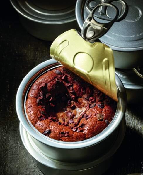 Christophe Michalak partage sa recette incroyable de moelleux au chocolat...dans une boîte de conserve !