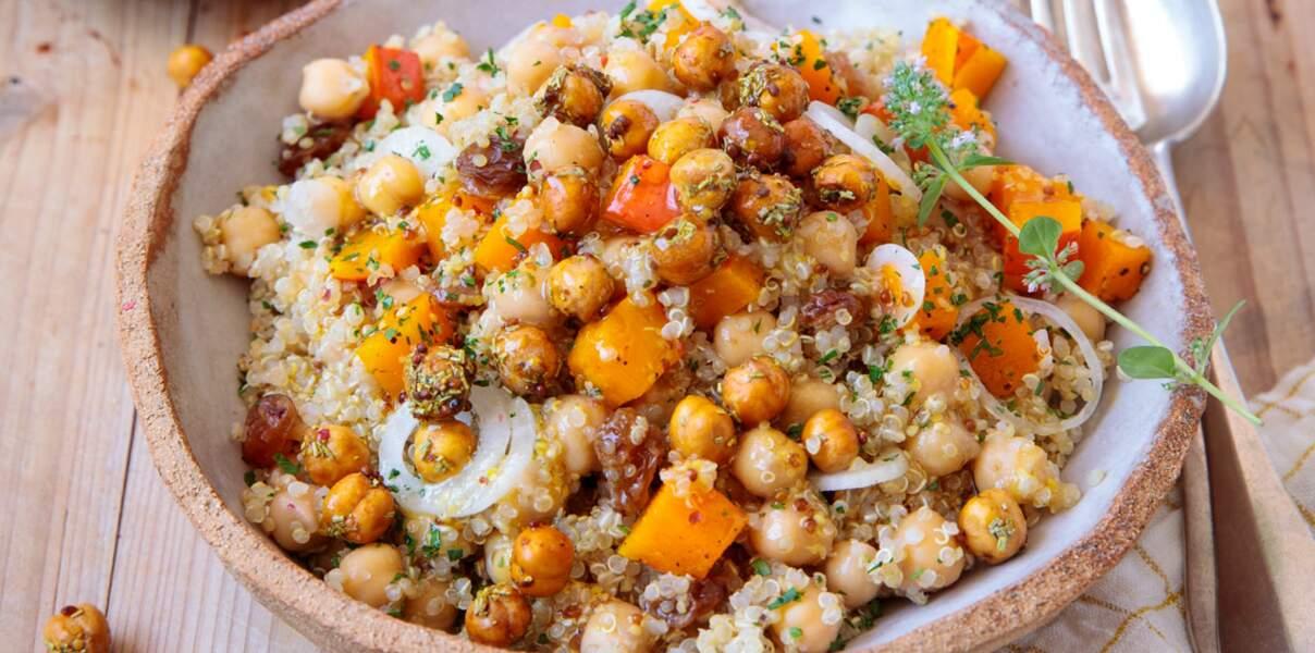 Salade de quinoa, pois chiches et potimarron grillés