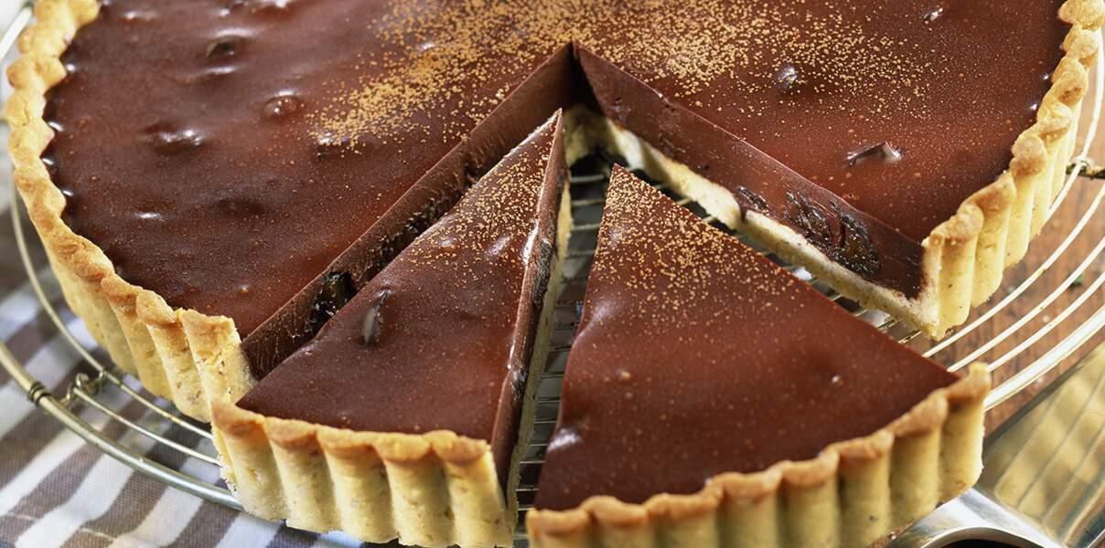 Tarte au chocolat, pruneaux et armagnac
