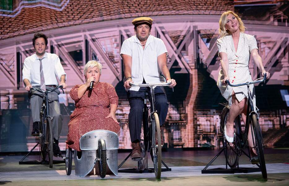 Vianney, un autre nouveau venu dans la troupe, Mimie Mathy, Patrick Bruel et Michèle Laroque.